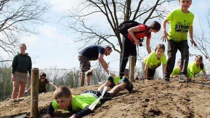 Kinderen en G-sporters trotseren hindernissenparcours