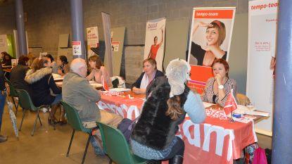 Jobbeurs brengt werkzoekenden en werkgevers bij elkaar in De Kuip