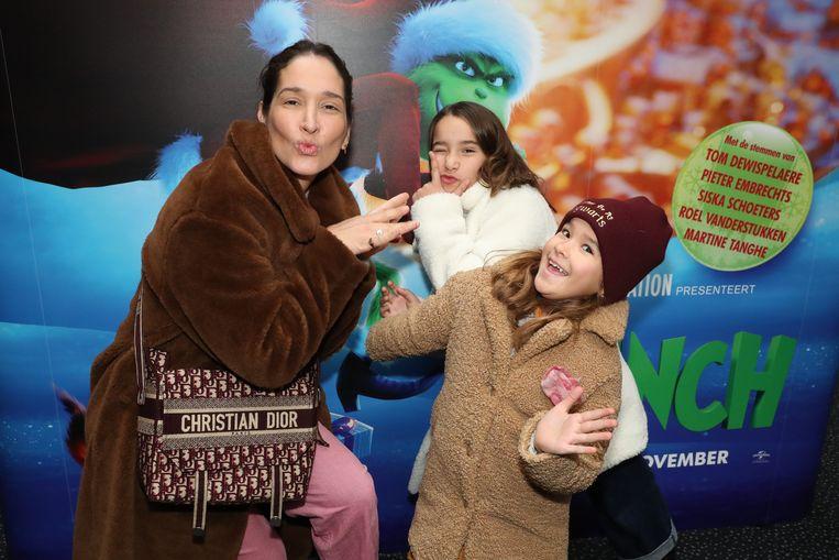 Tiany Kiriloff en kids Yelena (achteraan) en Eloise