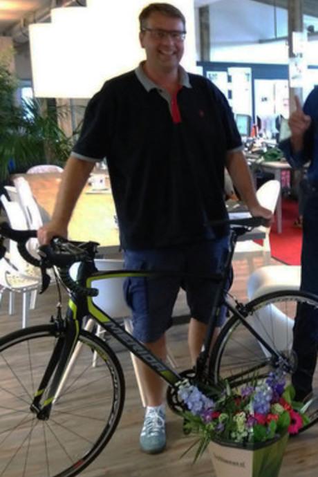 Kenner en winnaar Ardjan Bakker heeft voor het Tourspel al achttien renners op papier staan