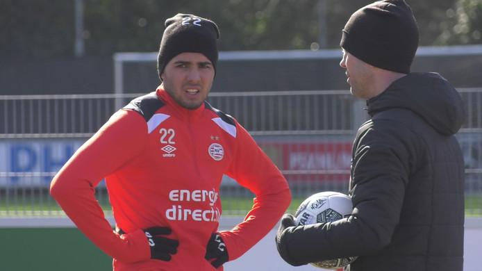 Maximiliano Romero traint nog altijd apart van de groep bij PSV.