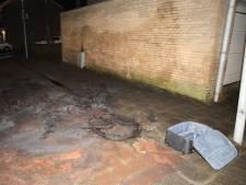 Wederom is het raak in Kerkdriel: ditmaal stapel autobanden in brand gestoken