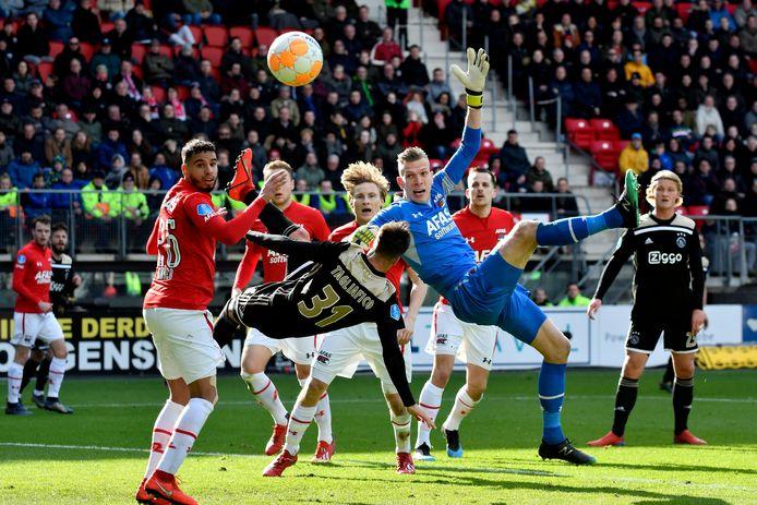 AZ won in maart met 1-0 van Ajax.