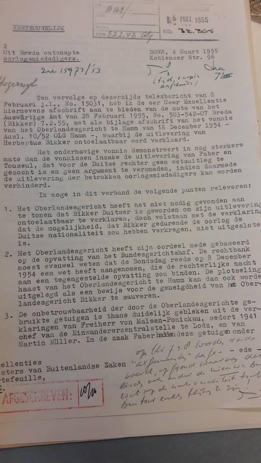 Een deel uit de openbaar gemaakte stukken in het Nationaal Archief, in dit geval een vertrouwelijke brief van ambassadeur Pim van Boetzelaer.