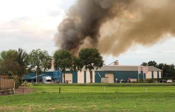 Grote brand bij Klein Kromhof B.V.