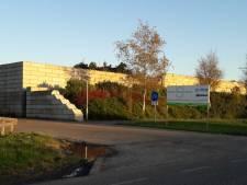 Bedrijf in Kruiningen vraagt om spiegel om ongelukken met fietsers te voorkomen