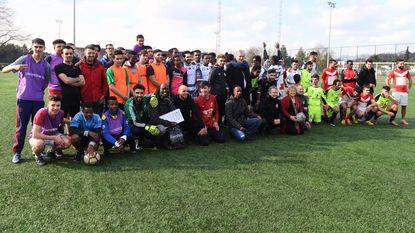 Vluchtelingen tonen voetbaltalent
