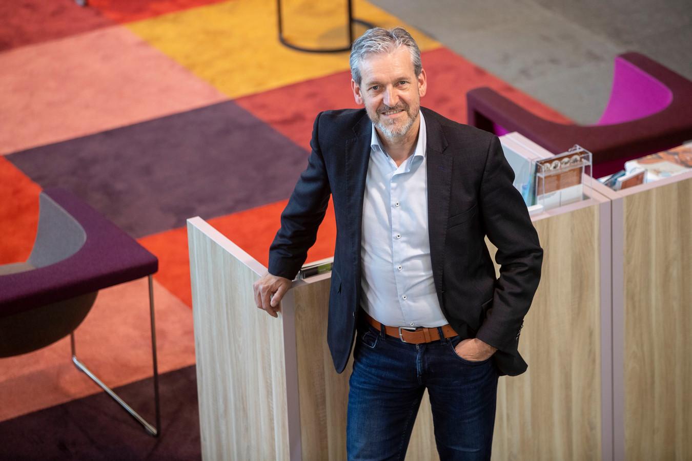 Burgemeester Hans van der Pas van Rhenen krijgt er binnenkort een jeugdige ambtsgenoot in zijn gemeente bij.