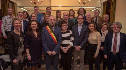 Gemeenteraad Oosterzele legt eindelijk de eed af