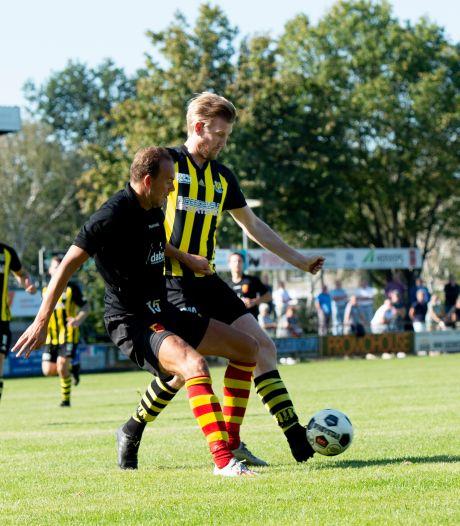 KNVB: 'Amateurvoetbal blijft doorgaan, in elk geval tot er nieuwe overheidsbesluiten zijn'