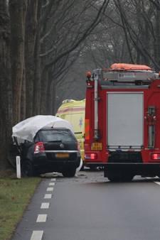 Vrouw (19) overleden bij eenzijdig ongeval in Neede