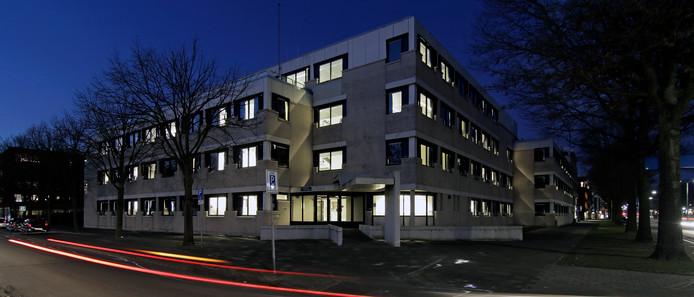 Het voormalige belastingkantoor aan de Raadhuislaan in Oss is ook even noodopvang voor vluchtelingen geweest.