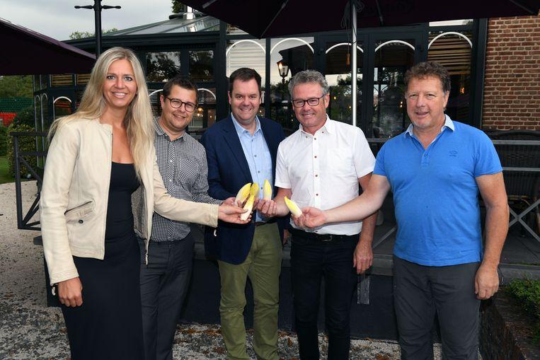 Gwenny De Vroe, Nico Bogaerts, Steven Swiggers, Kris Leaerts en Rik Dumon hebben met het 'witte goud'.