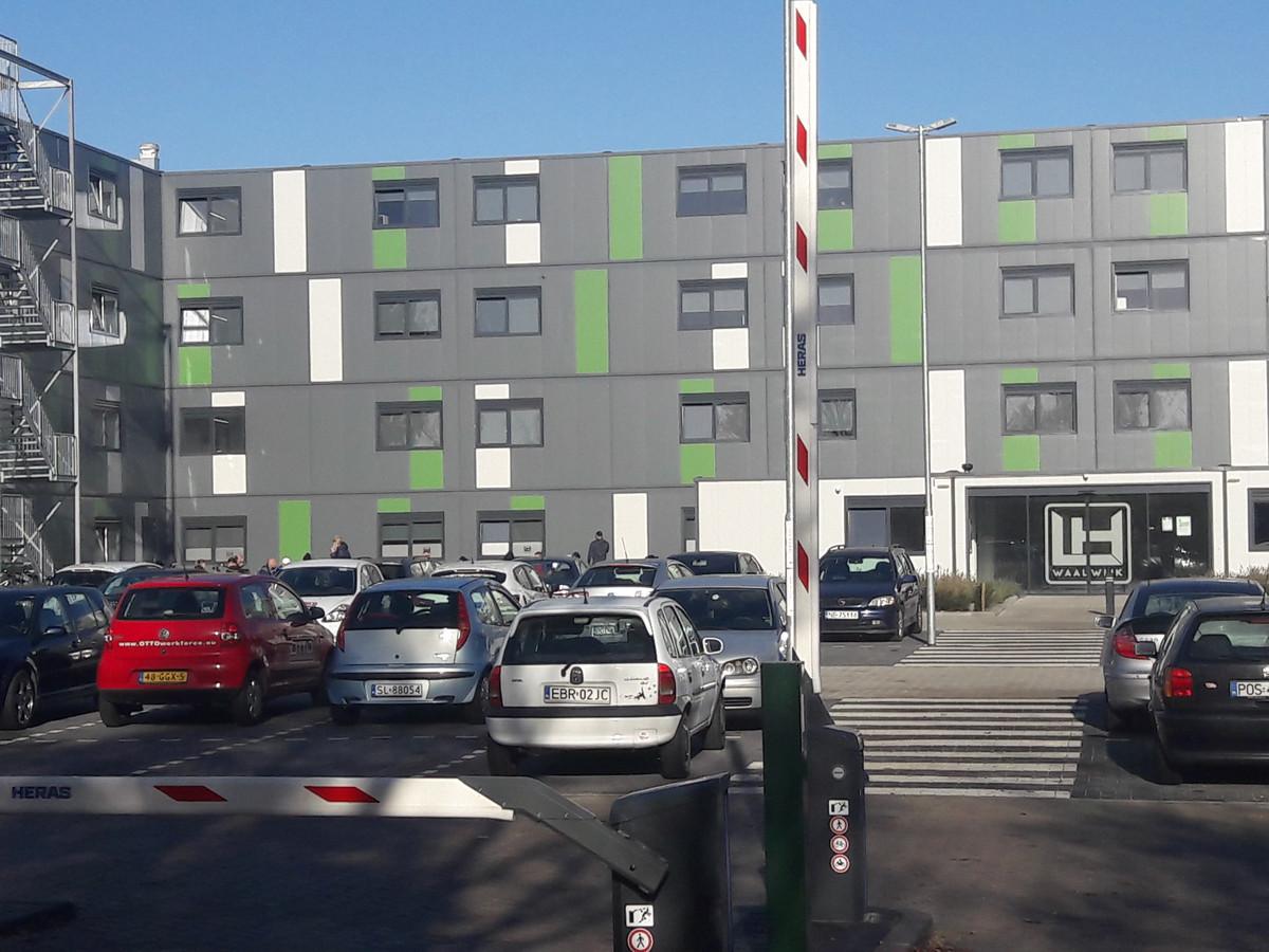 Een campus voor arbeidsmigranten in Waalwijk. aan dergelijke grootschalige huisvesting denkt Heusden vooralsnog niet. Uit het beleidsplan dat in de maak is moet blijken of dat zo blijft.