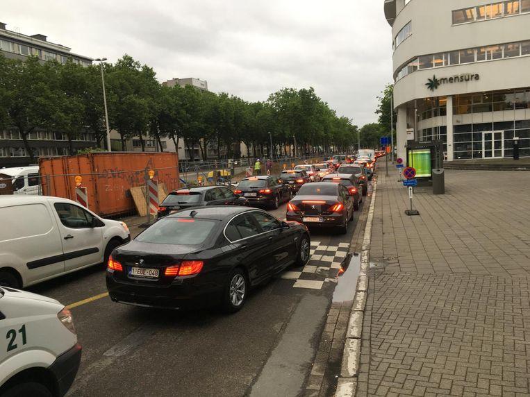 Ook op de Italiëlei richting Waaslandtunnel gaat het traag.