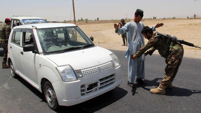 Taliban vallen militaire basis aan in Afghanistan: 43 doden