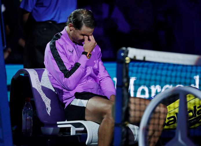 Rafael Nadal a laissé échapper quelques larmes en voyant défiler ses 19 titres du Grand Chelem sur l'écran du court Arthur Ashe.