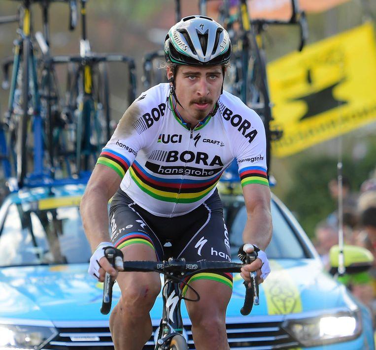 Peter Sagan kwam vandaag ten val in de Ronde, maar blijft tweede