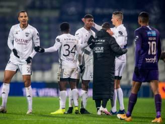14 positieve gevallen bij Eupen: moet ook partij tegen Club Brugge worden uitgesteld?