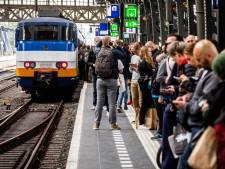 Beperkt treinverkeer richting Deventer en Lelystad door defecte bovenleidingen