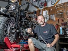 John repareert klassieke motoren: 'het is alsof ze hun kind meegeven'
