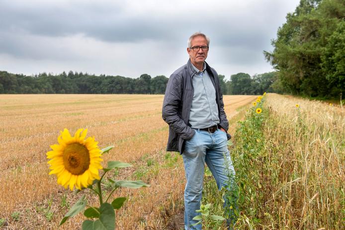 Arnhem, 2 augustus 2019. John Smits van landgoed Quadenoord, op de plek waar de beoogde zonnepanelen op Quadenoord (zouden moeten) komen. 203734. Foto: Gerard Burgers