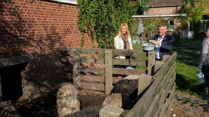 Anke Van dermeersch en Filip Dewinter voeren actie voor varkens