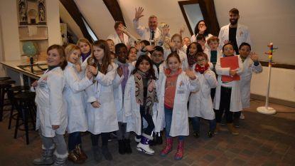 Kinderen voor één dag wetenschapper
