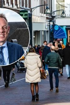 Burgemeester Deventer sluit morgen winkels als sinterklaasdrukte uit de hand loopt