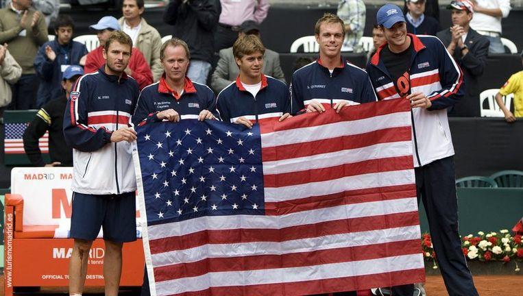 Het tennisteam van de VS met Mardy Fish, Patrick Mcenroe, Ryan Harrison, Sam Querry and John Isner. Foto EPA Beeld