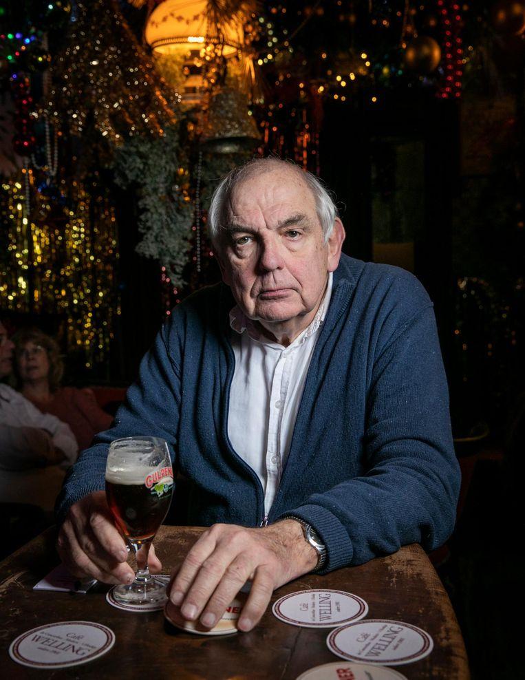 Eigenaar Bas Lubberhuizen: 'Ik ben een verzorgend type vóór de bar, niet erachter' Beeld Dingena Mol