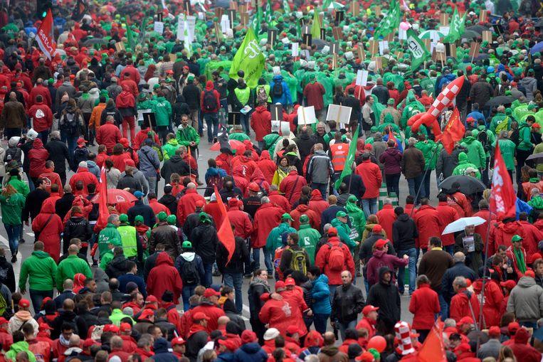 Onder andere de vakbonden houden op 1 mei hun traditionele optochten.