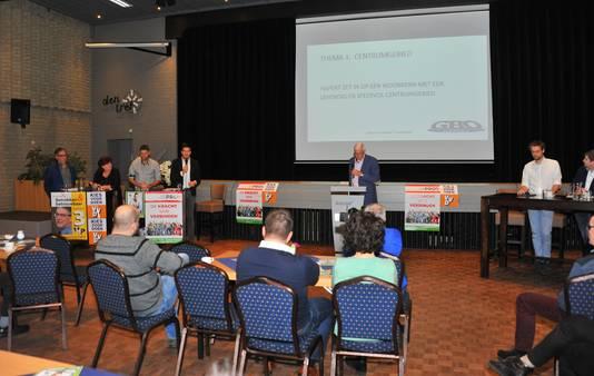 Verkiezingsdebat in Den Tref in Hapert.