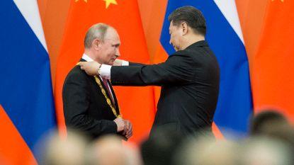 Poetin krijgt Chinese vriendschapsmedaille in Peking