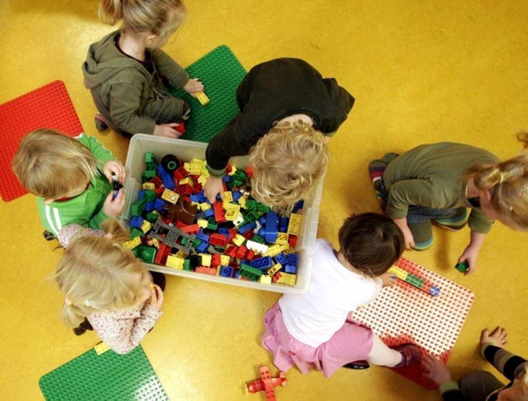 Kinderen in een crèche Beeld anp