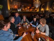 'Over de Tong' eet bij De Heren van de Rechter in Steenwijk