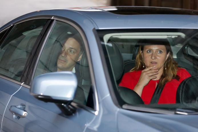 Alexander De Croo (Open VLD) et Gwendolyn Rutten, la présidente des libéraux flamands