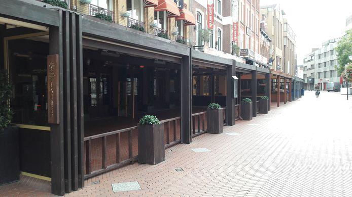 Binnenstad Eindhoven bij het begin van de tweede  lockdown. Markt.