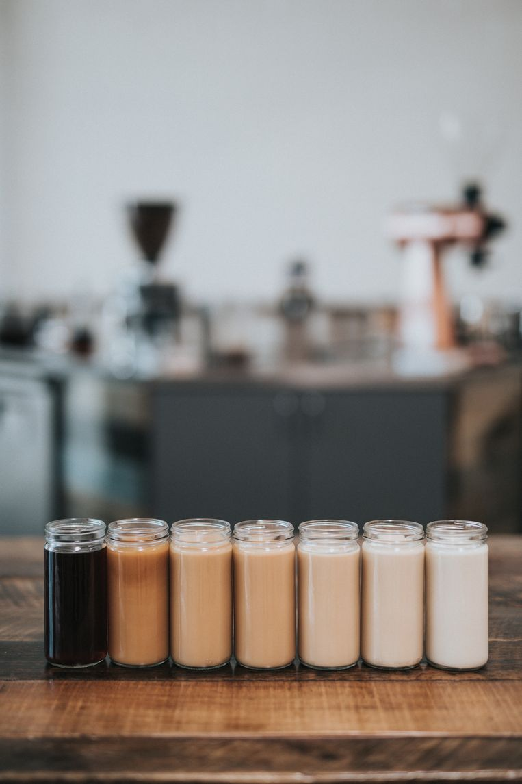 Van zwart tot bijna wit: hoeveel melk zit in welke koffievariant?
