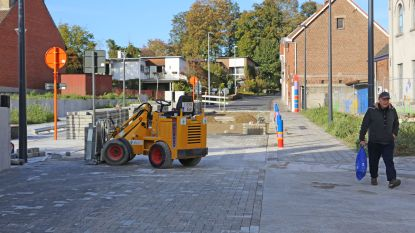 Nieuwe betonklinkers al aan vervanging toe