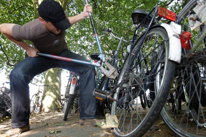 In scene gezette fietsendiefstal
