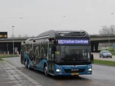 Almeerse busvervoerder roept studenten op andere bussen te nemen