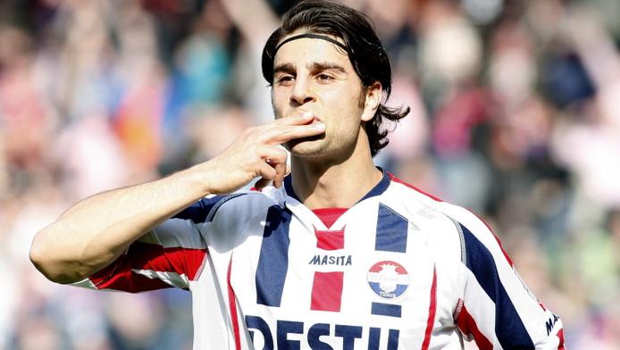 George Mourad heeft op 5 april 2009 gescoord voor Willem II in de derby tegen NAC. De spits is er de oorzaak van dat de FIFA Syrië heeft uitgesloten voor het WK. © PRO SHOTS
