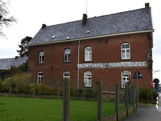 Het oude rusthuis Maria-Jozef gaat wél tegen de vlakte.