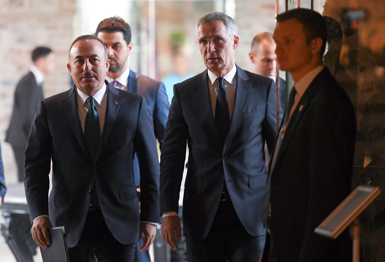 Secretaris-generaal van de Navo Jens Stoltenberg was vrijdag in Istanboel voor een gesprek met de Turkse minister van buitenlandse zaken  Mevlut Cavusoglu.