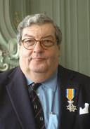 Willem den Herder tijdens de lintjesregen in 2006, toen hij Ridder in de orde van Oranje Nassau werd.
