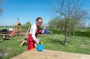 Marjo van den Bosch is volop bezig met de voorbereidingen van wat een prachtig druk paasweekend wordt.
