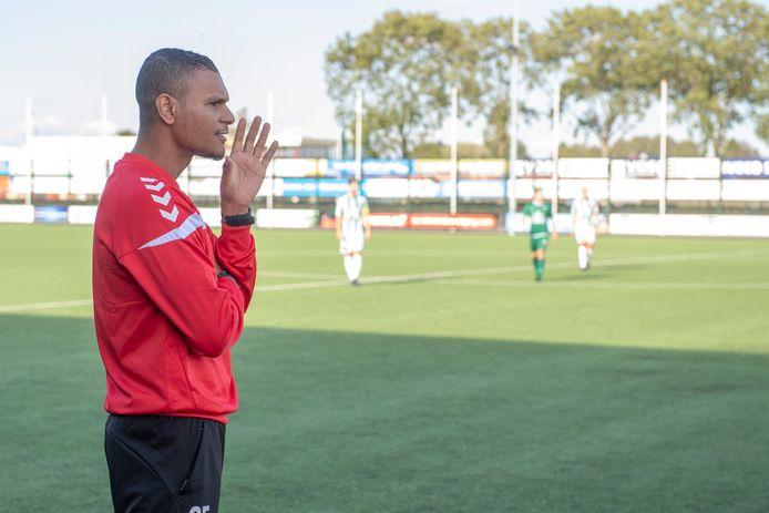 Trainer Giovanni Franken werd in januari de laan uit gestuurd.