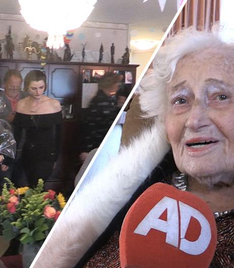 Zelfstandige Ria (105) viert haar verjaardag gewoon nog thuis