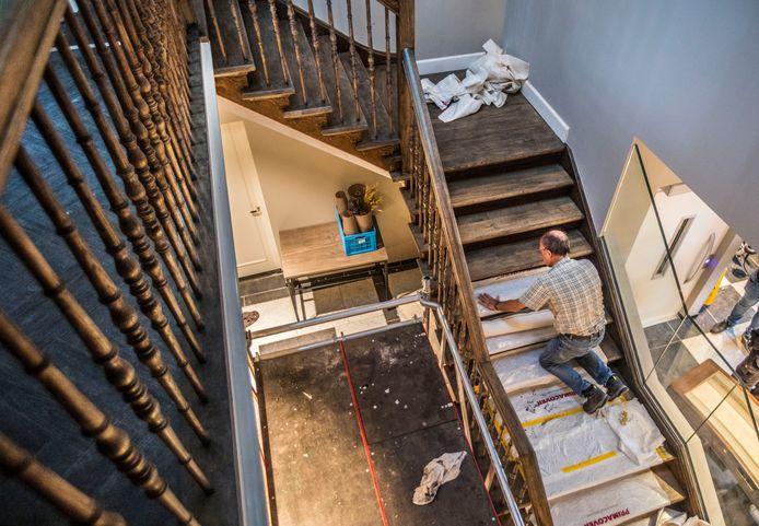 Het trappenhuis.